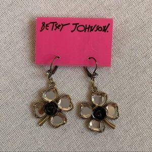 Betsey Johnson 4 Leaf Clover Drop Earrings